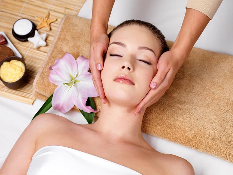 Manualna terapija in masaže Bruno Modno frizerstvo Frizerski salon Yvonne Lomi Lomi havajska masaža 1
