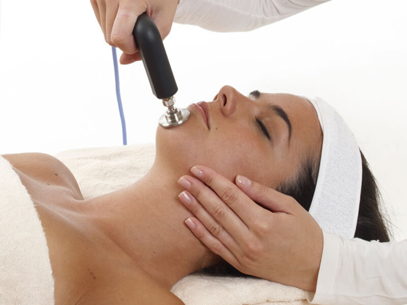 Manualna terapija in masaže Bruno Modno frizerstvo Frizerski salon Yvonne Tecar terapija 2